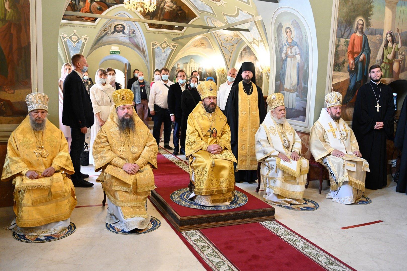 Предстоятели Церквей поздравили председателя ОВЦС с 55-летием
