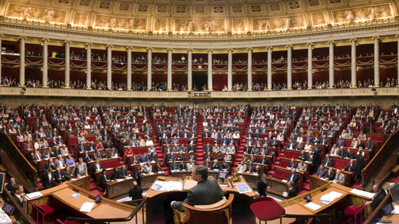 Парламент Франции принял закон о борьбе с сепаратизмом