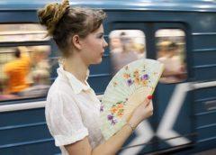 Священник сказал женщинам, как избежать приставаний в транспорте