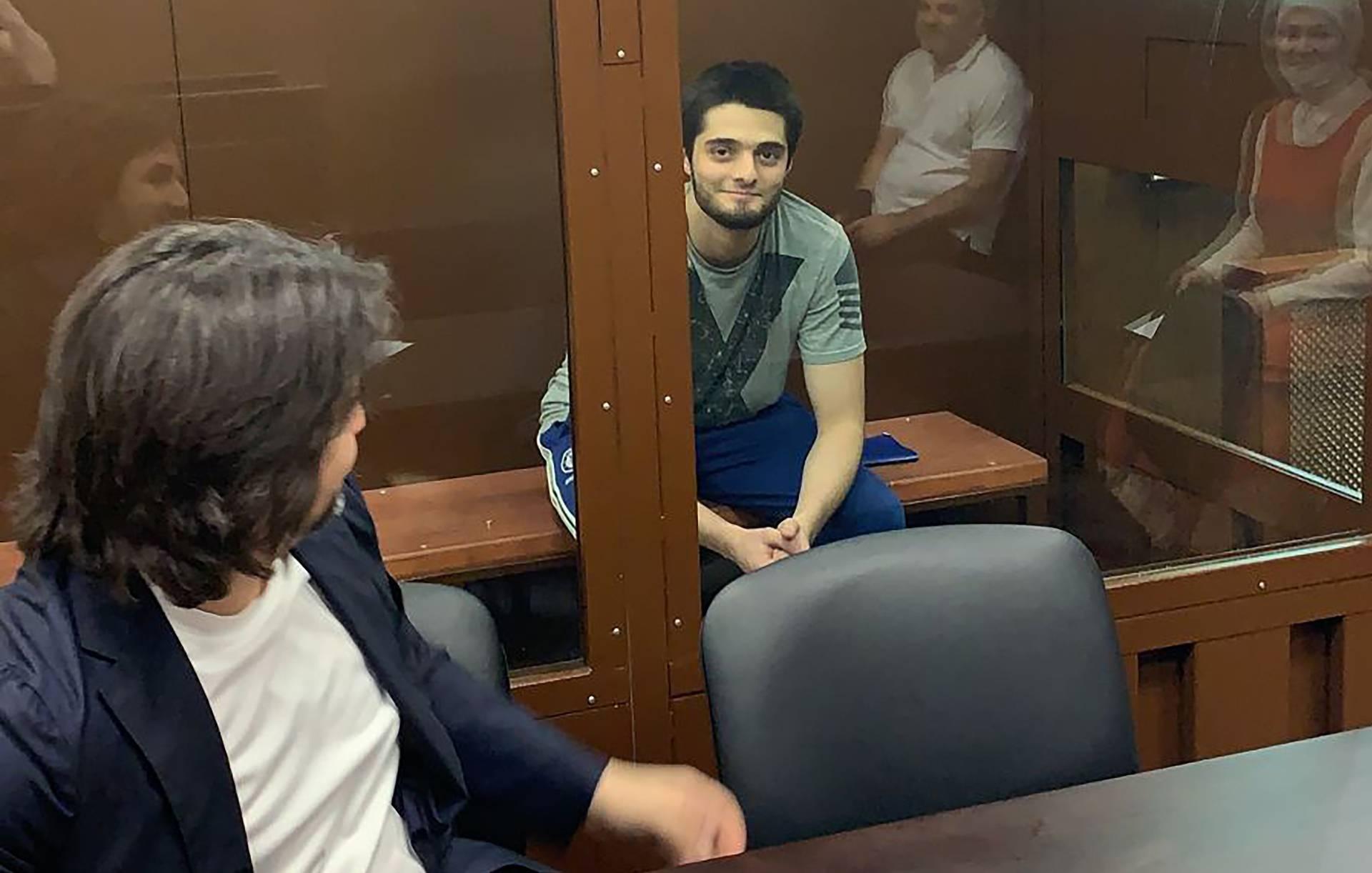 Джумаев получил 5 лет за драку с бойцом ОМОН на акции протеста