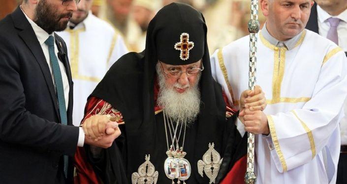 Илия II по-прежнему пользуется наибольшей симпатией в Грузии