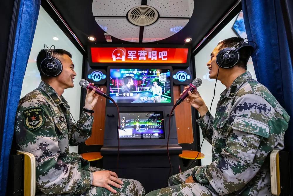 Китай запрещает караоке, нарушающее религиозную политику