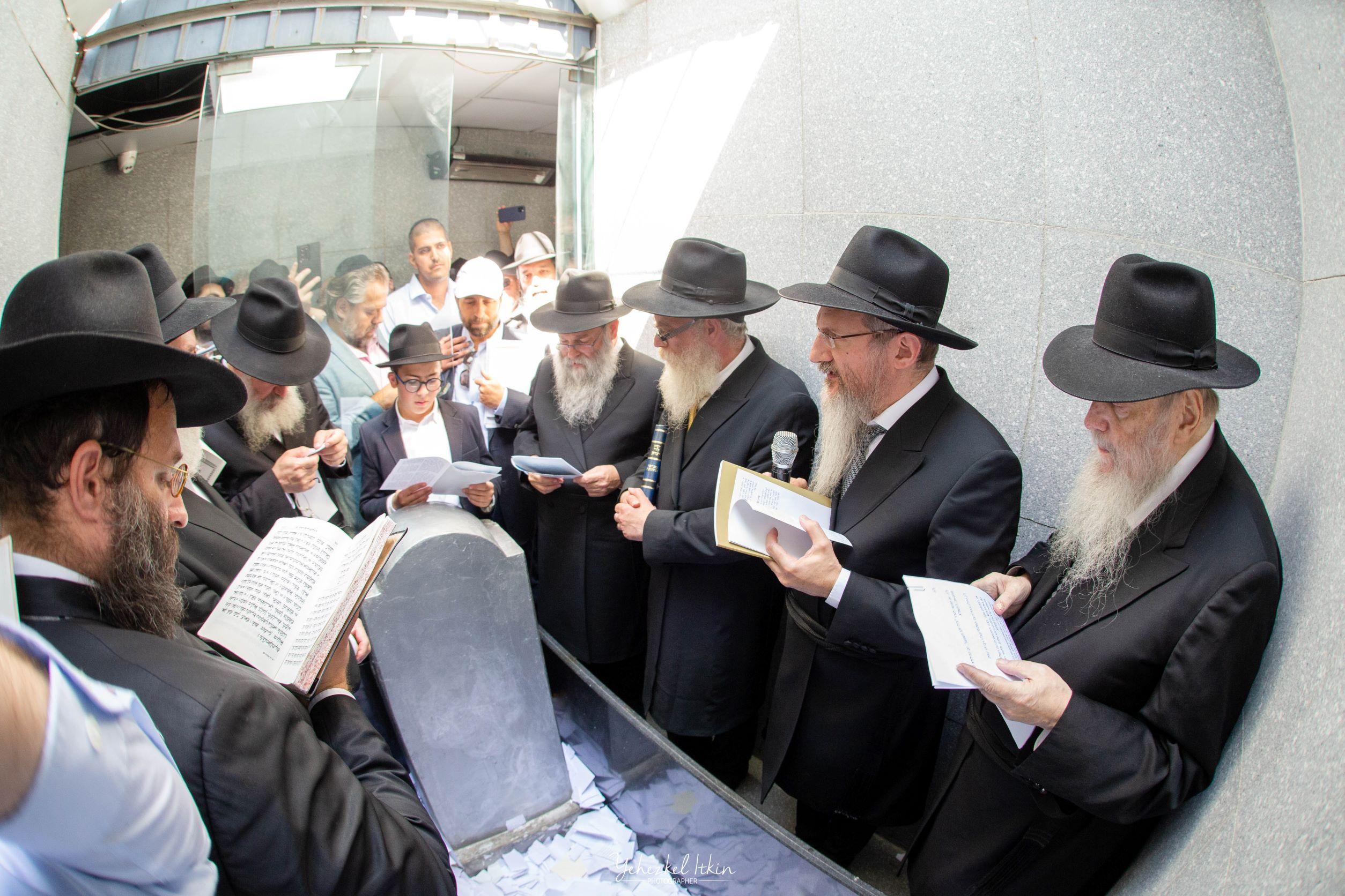 Берл Лазар призвал раввинов привести к вере 1 млн евреев за 5 лет