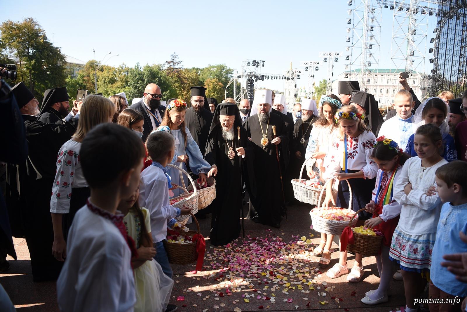 Варфоломей и Епифаний совершили молитву о прибытии Патриарха