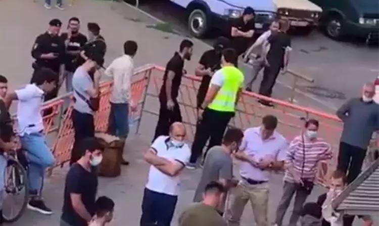 Проверки в мечетях Московского региона, сотни человек задержаны