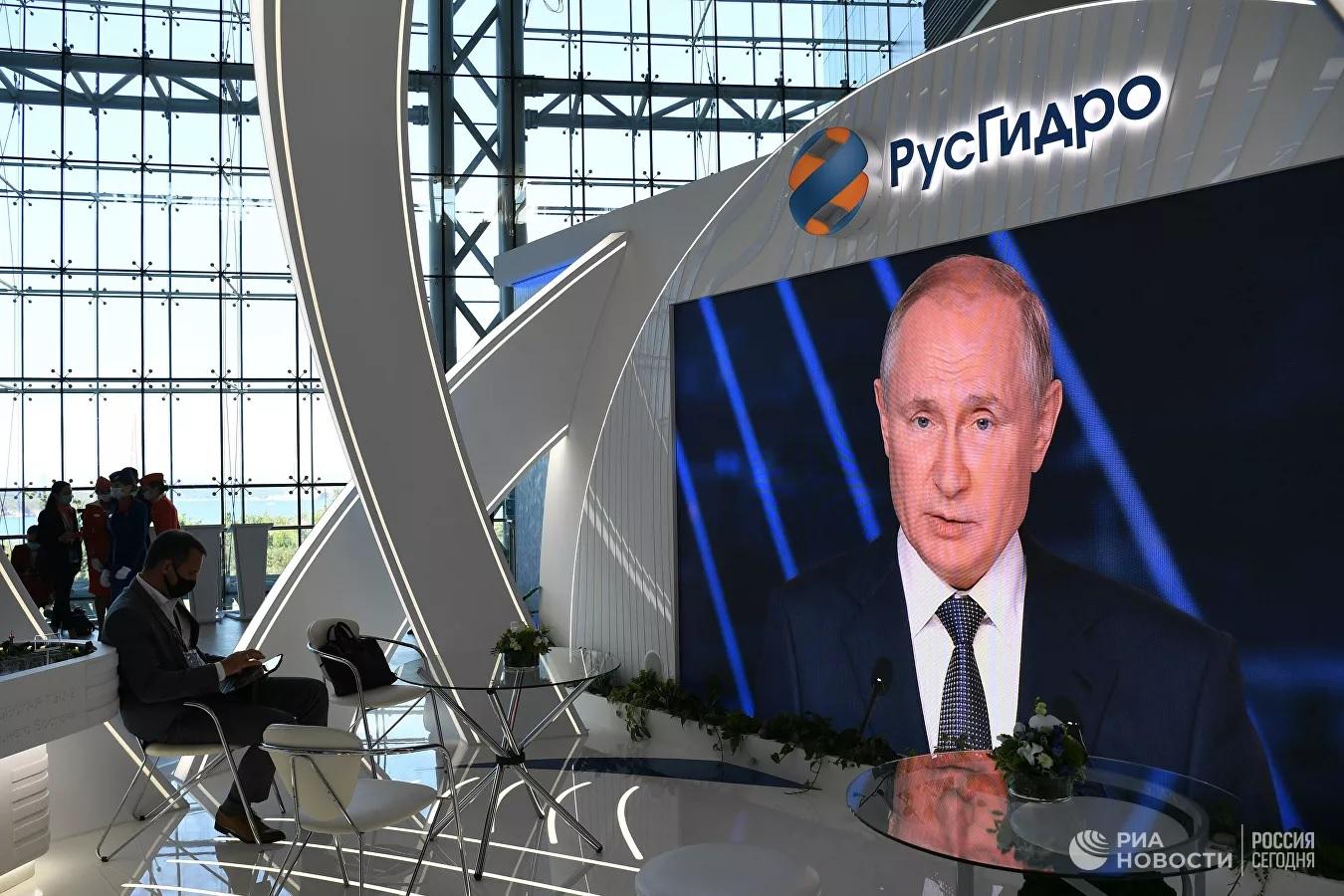 Путин рассказал вторую версию смерти митрополита Филиппа