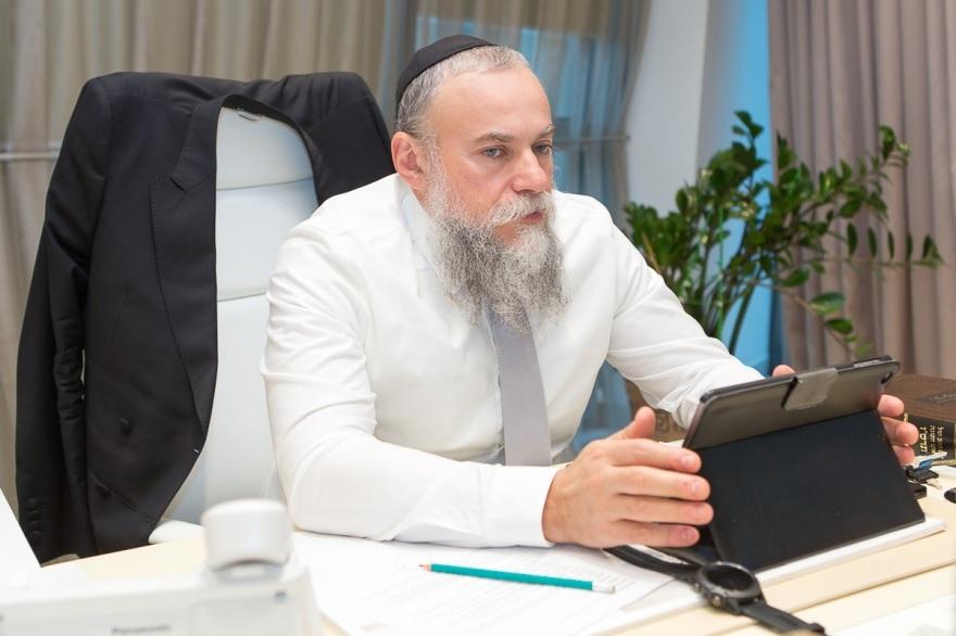 Президент ФЕОР одобрил украинский закон против антисемитизма