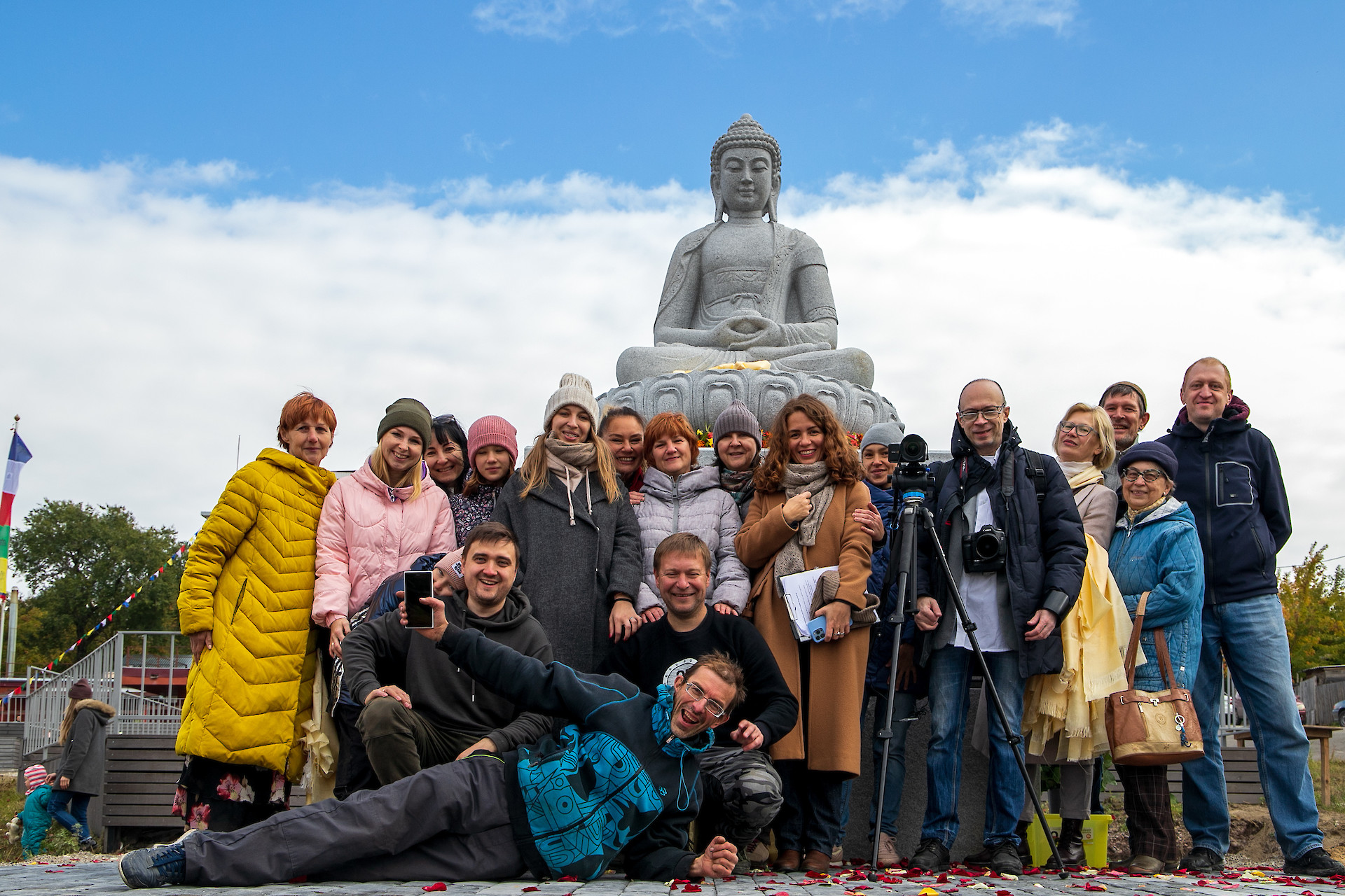 Ассоциация Карма Кагью возвела статую Будды в Красноярске
