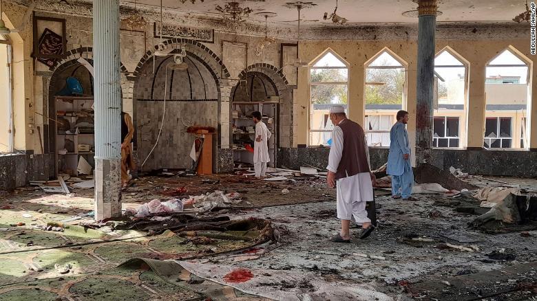Взрыв шиитской мечети в Афганистане: 100 человек погибли и ранены