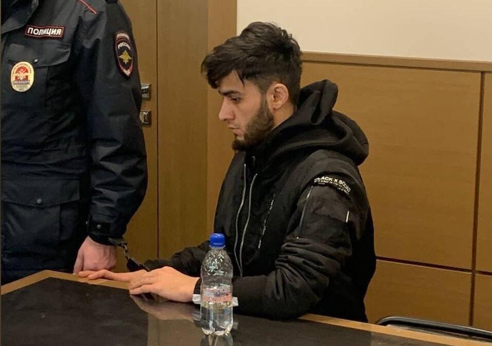 Бобиева и Чистову будут судить за скабрезное фото у храма в Москве