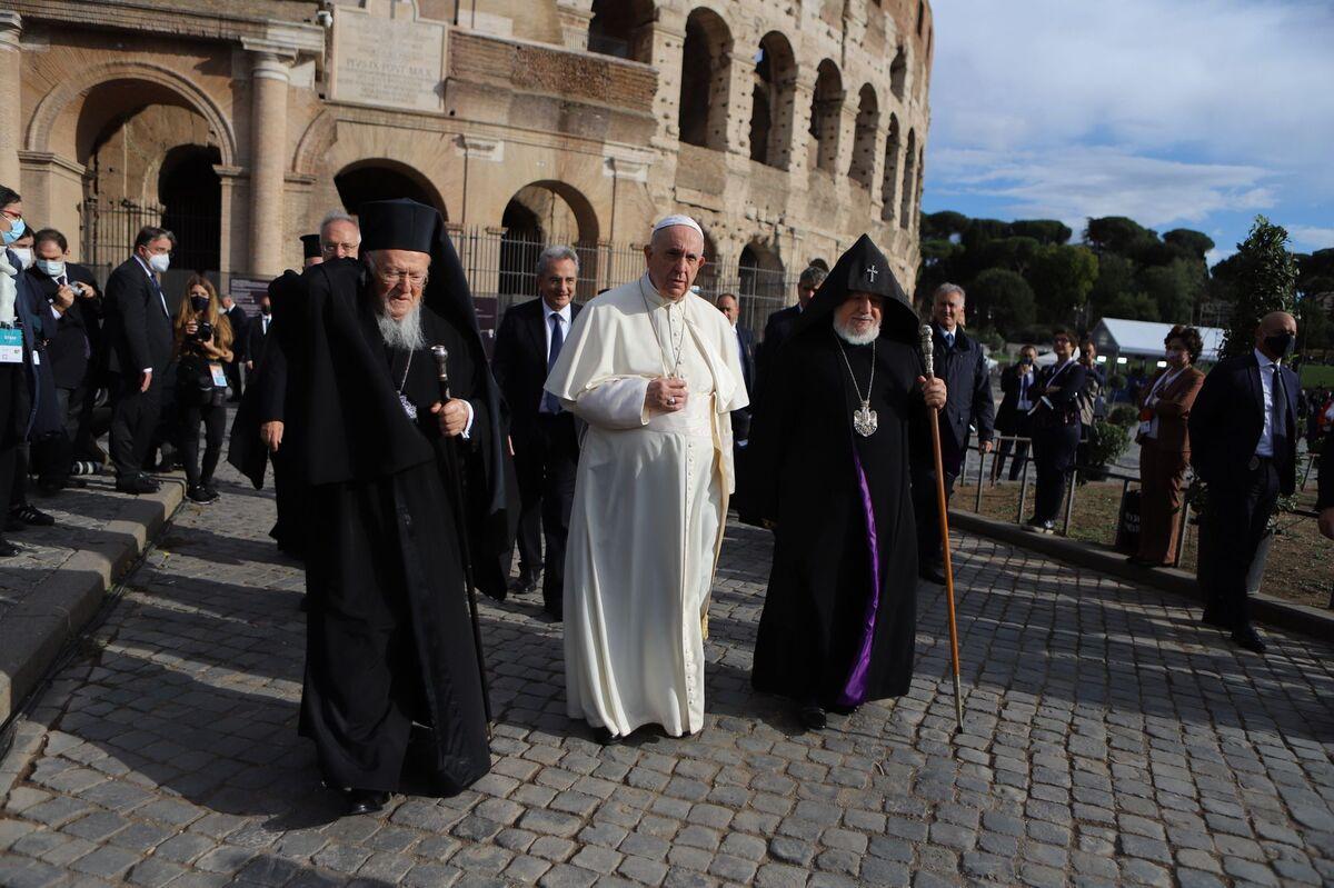 """В Колизее завершилась межрелигиозная встреча """"Народы как братья"""""""