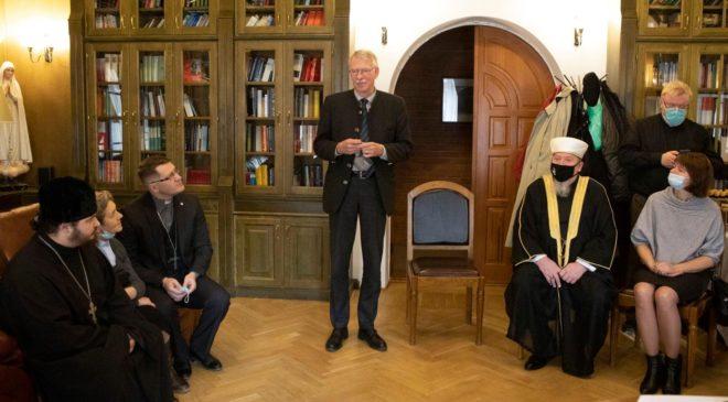 Встреча нунция РФ Д'Аниелло с представителями Новосибирска