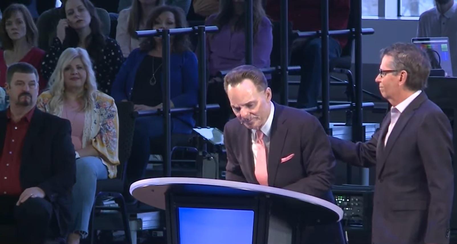 Уходит глава исполкома Южной Баптистской Конвенции США Флойд