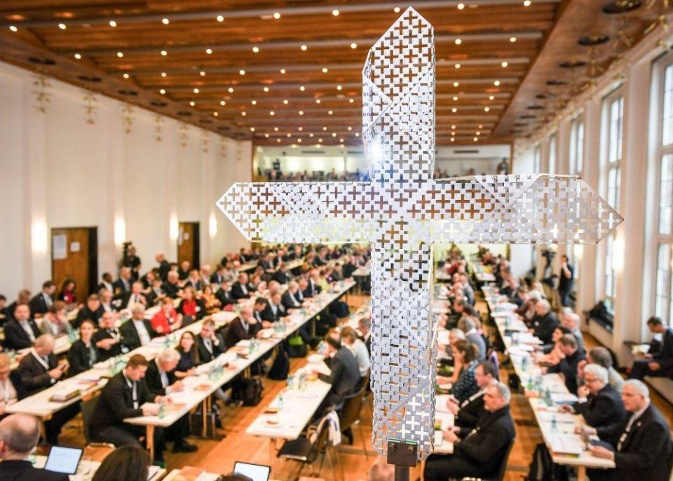 Синодальный путь Католической Церкви вовлекает Народ Божий